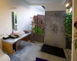 mason-villa-master-bath